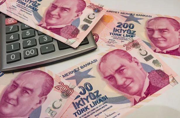 Bankaların masraf düzenlemesinde yürürlük tarihi 1 Nisan'a ertelendi